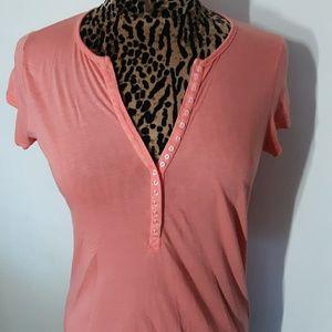 Splendid Peach T-Shirt Buttons Down Chest